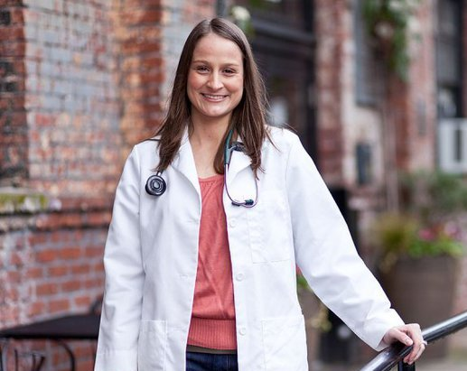 Dr Della Parker_Home page Photo
